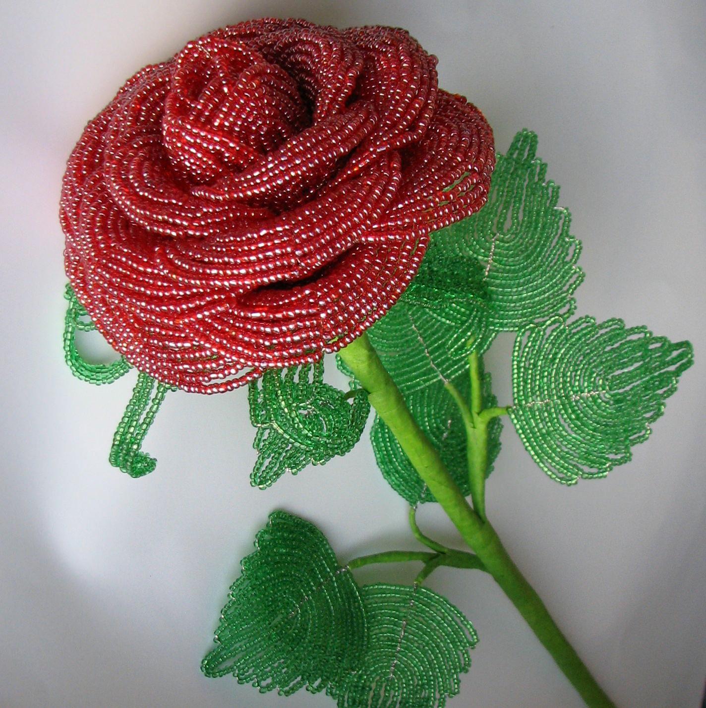 Роза большая из бисера мастер класс с пошаговым фото