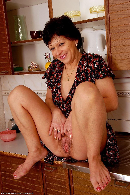 porno-russkie-zrelie-domohozyayki