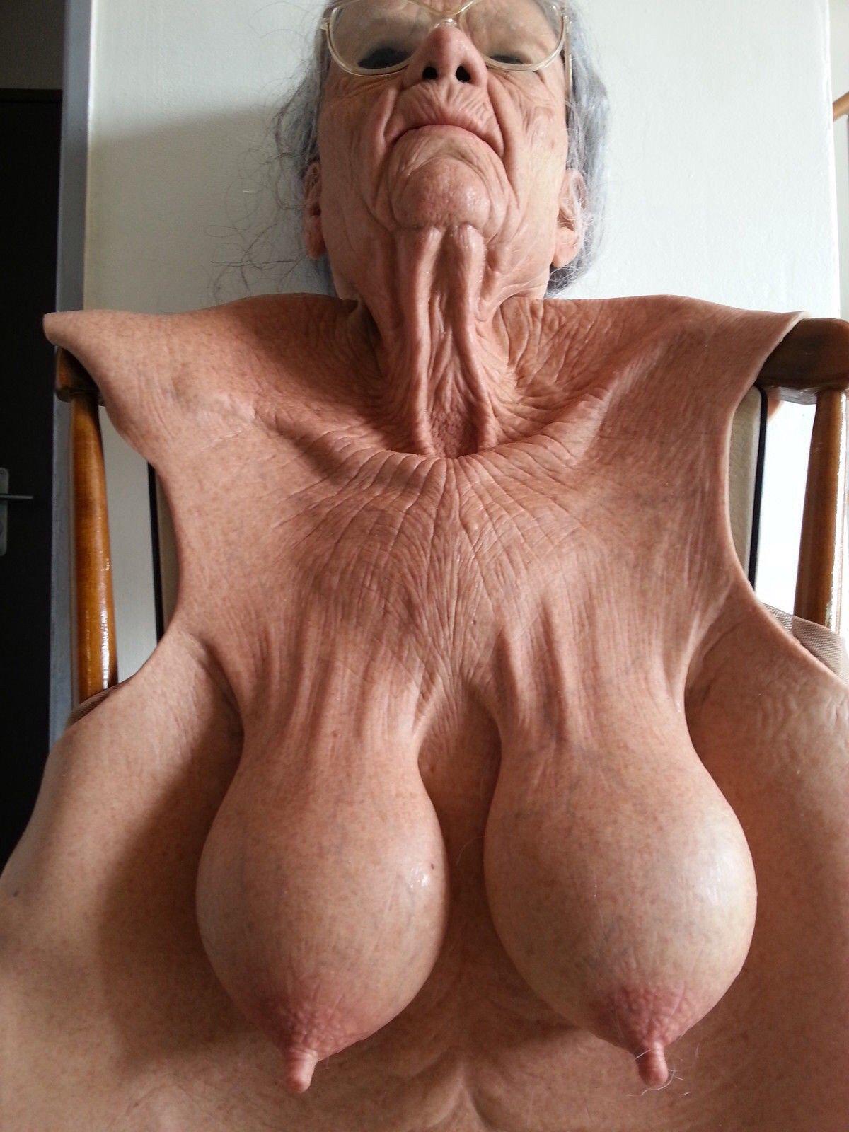 порно огромные сиськи бабки