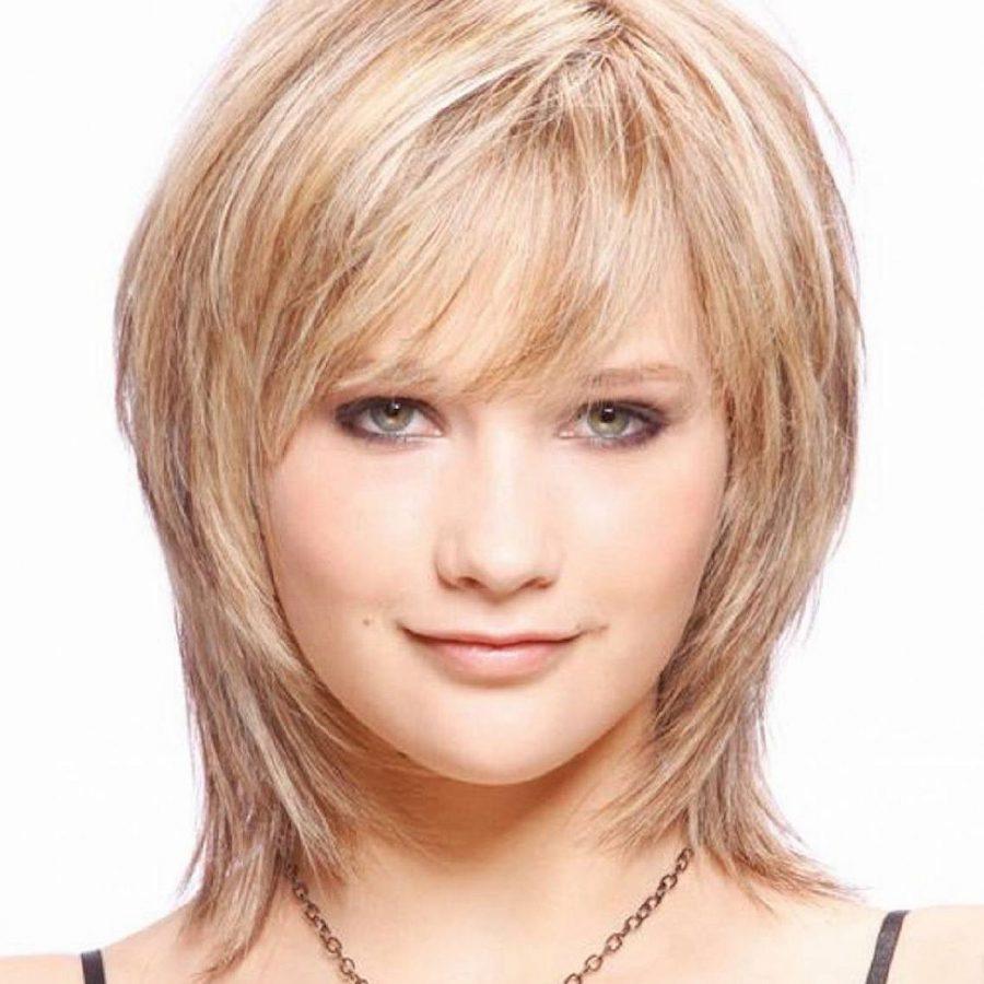Прически на тонкие и редкие волосы фото средней длины с