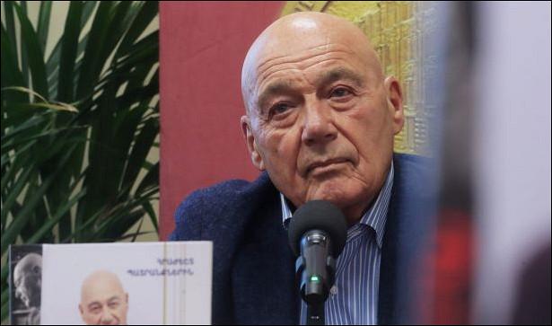 Познер: власти должны решать проблемы Крыма