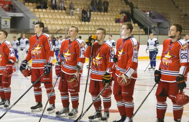 Хоккейная «Ижсталь» заявила 23игрока