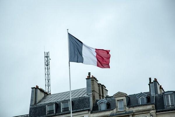 Франция считает недостаточными принятые санкции против России