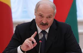 «Найдем каждого»: Лукашенко пригрозил протестующим вБелоруссии