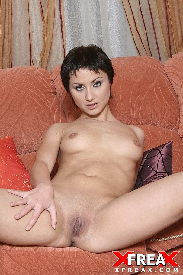 Mom brunette short hair