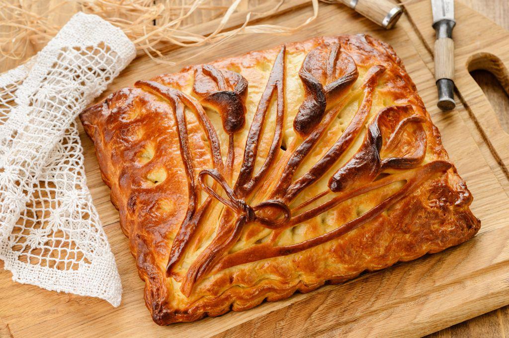 Рецепт слоеное тесто с мясом капустой фото