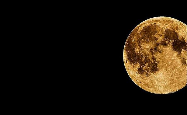 Ничего сенсационного: российские ученые нашли следы воды наЛуне на10летраньше NASA