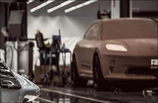 Porsche случайно раскрыла дизайн электрического Macan