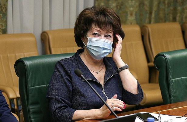 Член Совета Федерации Людмила Талабаева готовит обращение вГенеральную прокуратуру пофакту срыва крабовых аукционов