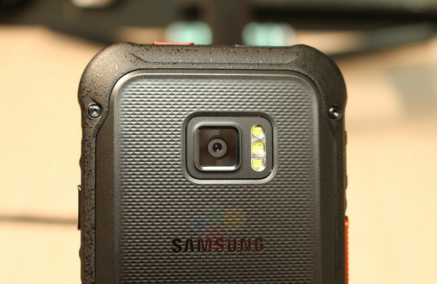 Samsung работает над«неубиваемым» 5G-смартфоном