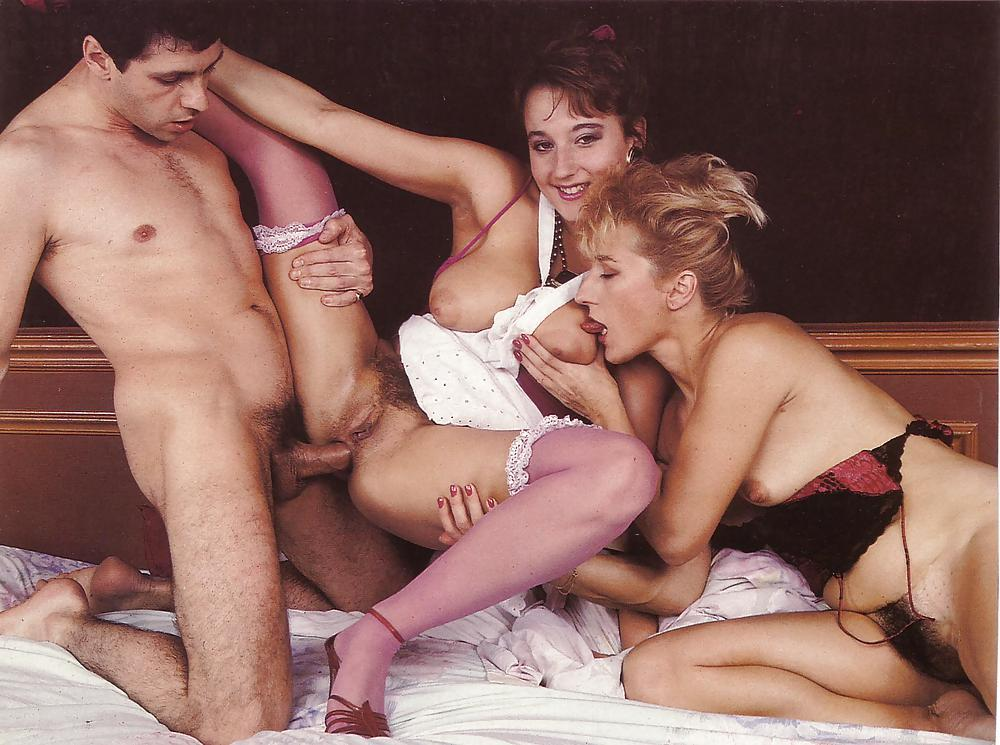 Awesome creampie gangbang session