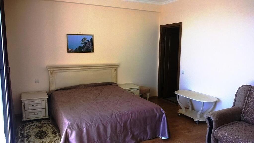 Квартира в Ливадия дешево у моря