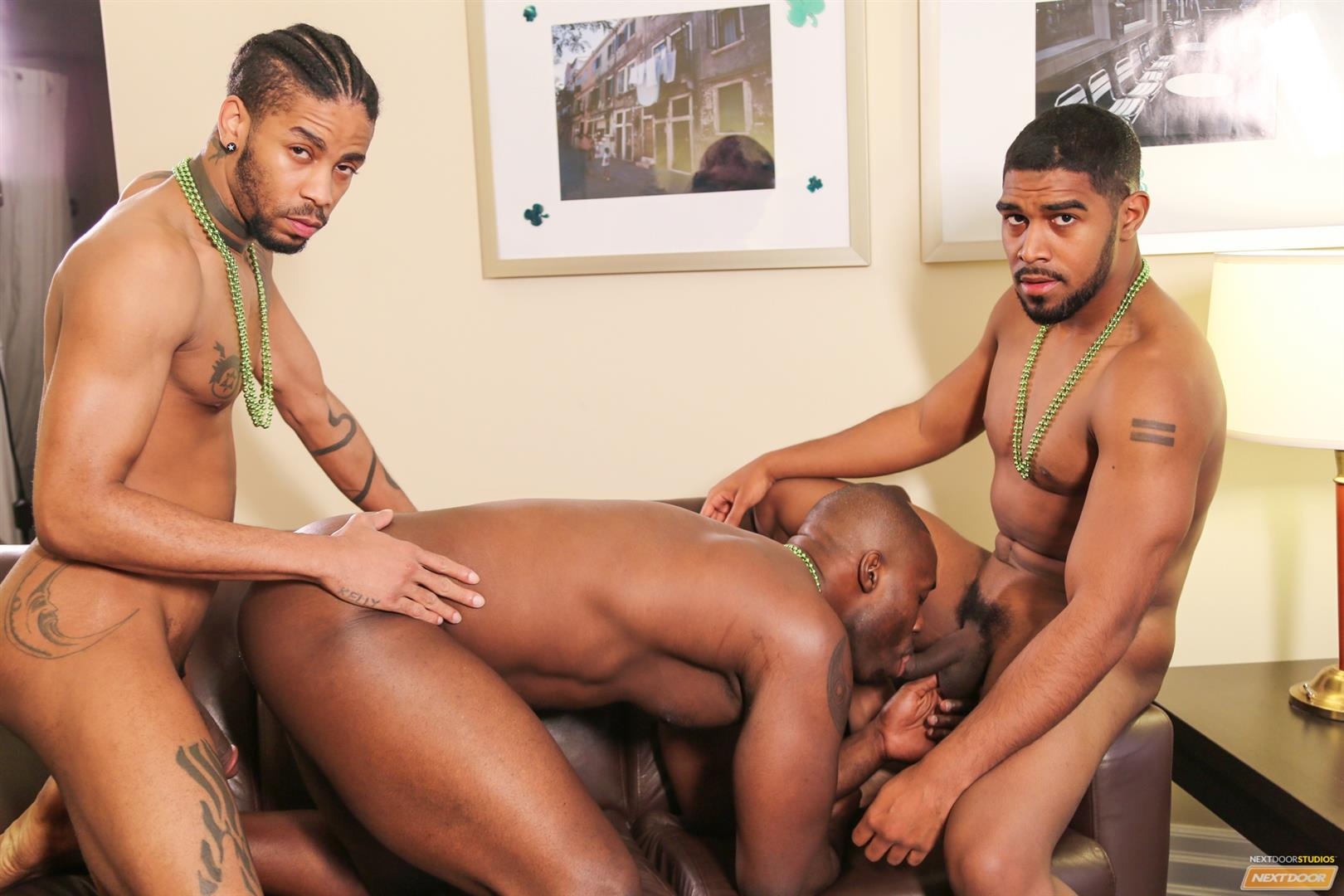 Hot threeway gay sucking fucking