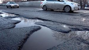 Водители вМоскве жалуются напроблемы спередвижением из-запотепления