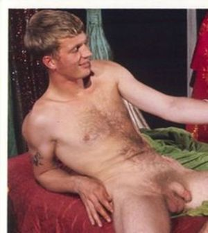 Free hairy wet pussy pictures
