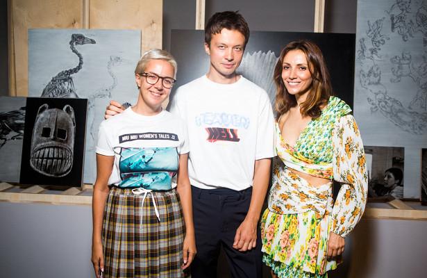 Ксения Чилингарова, Мари Коберидзе иГерман Ларкин навечеринке #MissBeCurious