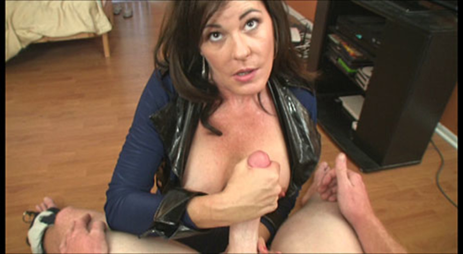 Brunette swallows fresh cum