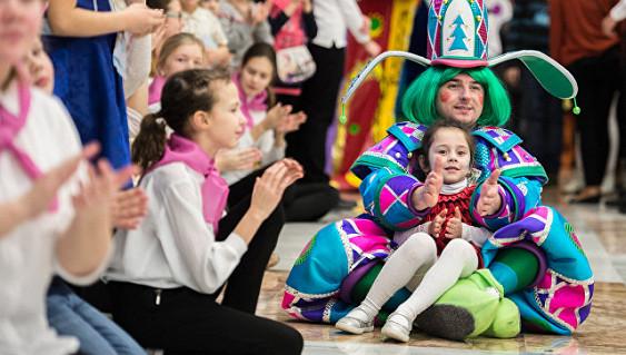 Кремлевскую елку и Елку Москвы посетило вдвое больше детей, чем годом ранее