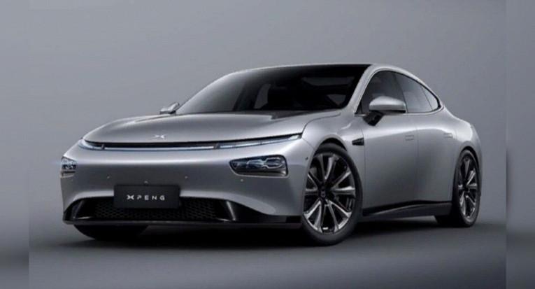Победителями премии «Автомобиль года» вКитае стали сразу двемодели