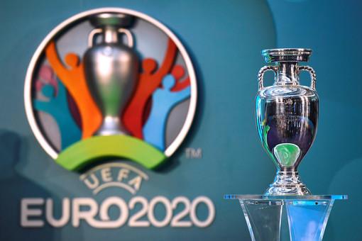 Британия хочет забрать Евро-2020