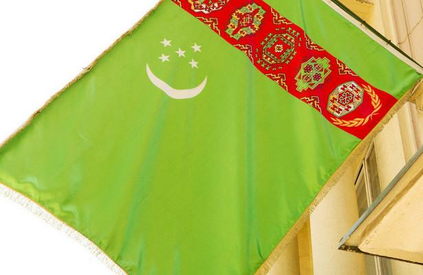 Туркменистан продлил запрет наработу торговли иобщепита до1ноября