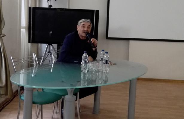 Александр Панкратов-Черный рассказал нижегородцам огонениях КГБизаплыве через Волгу
