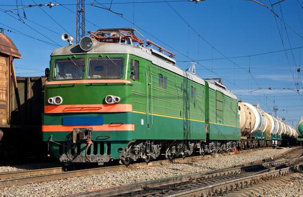 Почему раньше поезда были зелеными, асейчас нет
