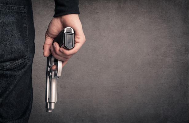 Российский учитель устроил стрельбу вовремя конфликта сошкольником