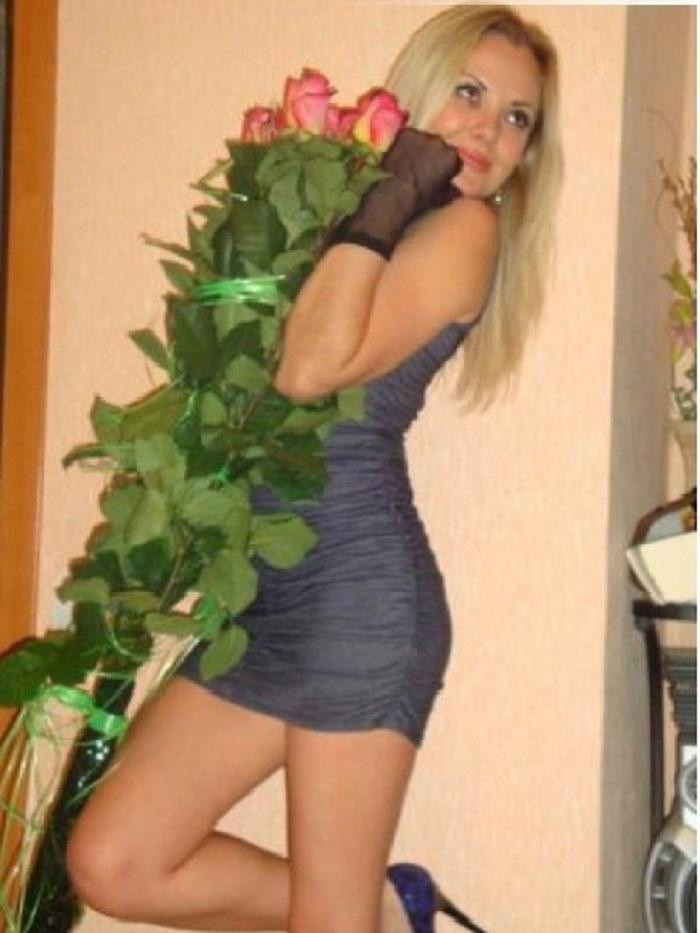 Она ищет парня интима из красноярска