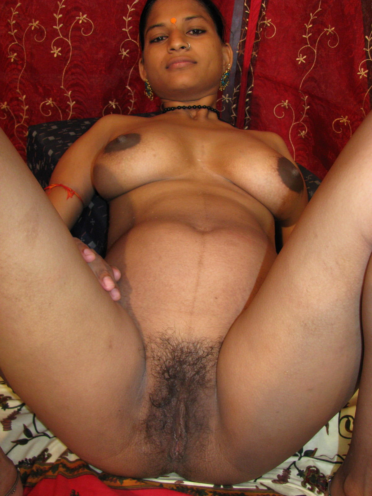 Hottest game in the arcade is indian milf priya's tight pussy