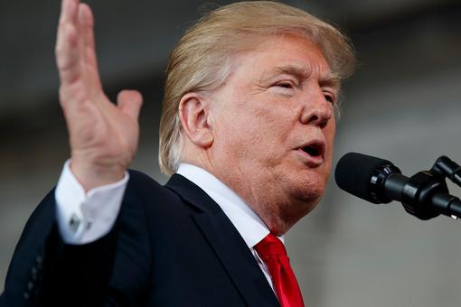Трамп запретил американцам проводить сделки скриптовалютами Венесуэлы