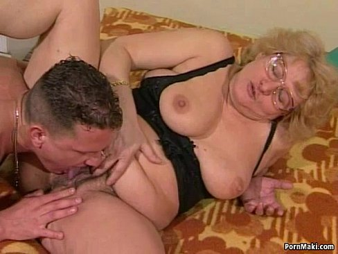 Online lesbian squirt videos