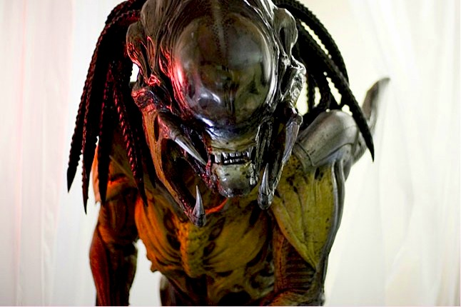 Aliens VS Predator Hollywood Movies in Hindi dubbed