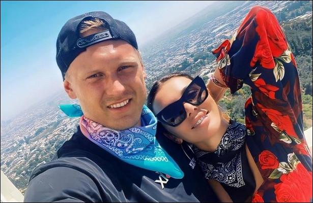 «Думала, ясильная»: Анна Седокова заявила, чтосчастлива рядом смужем