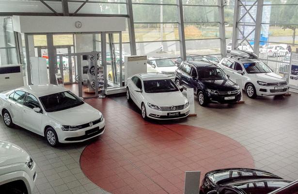 Продажи новых легковых автомобилей вянваре упали в40регионах РФ— «Автостат»