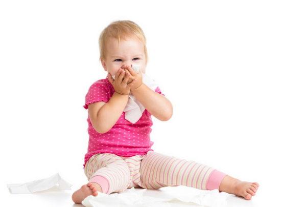 Как лечить горло ребенку 4 года: терапия и средства