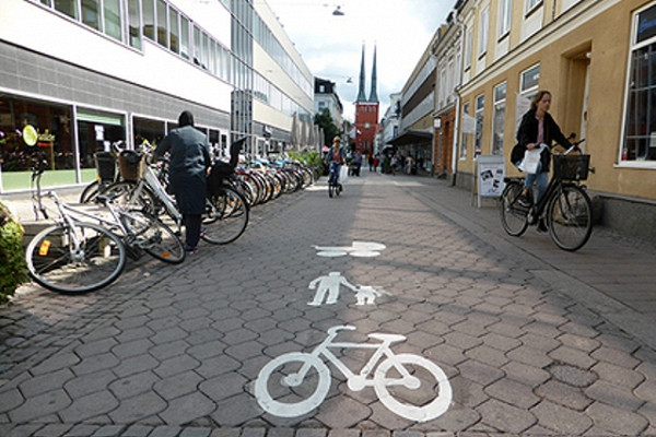 Отказ Швеции откарантина непривел кэкономическому чуду