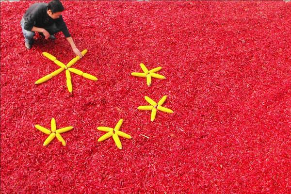 Китай стал сверхдержавой. Кнему сбежали даже старые союзники США