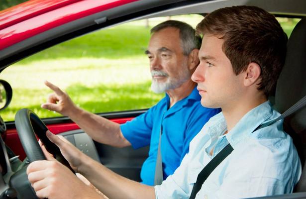 ВГосдуме предложили вернуть самоподготовку водителей
