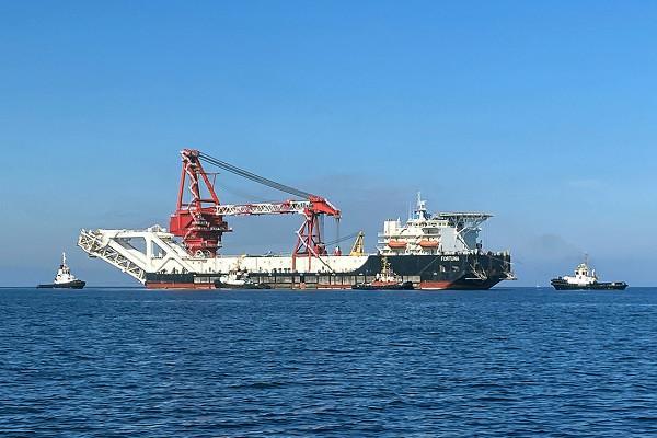 Российское судно «Фортуна» покинуло немецкий порт Росток
