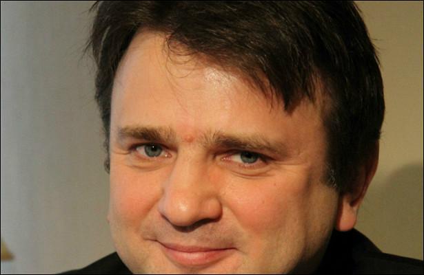 Тимур Кизяков теперь снимает рубрику осиротах насвои деньги