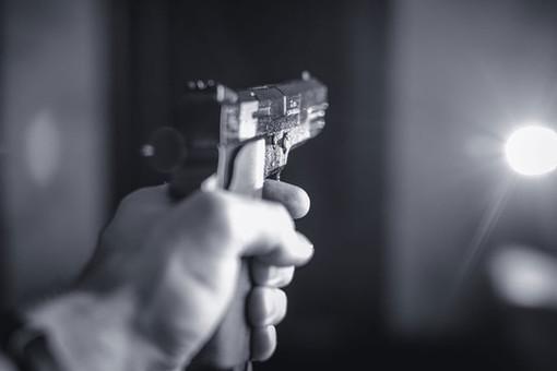 Учитель стрелял ввоздух изпистолета вНальчике, отбиваясь отучеников