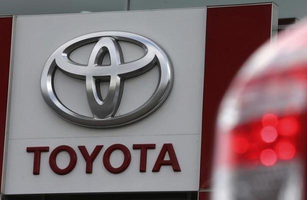 Toyota Rush опередил попродажам Mitsubishi Xpander