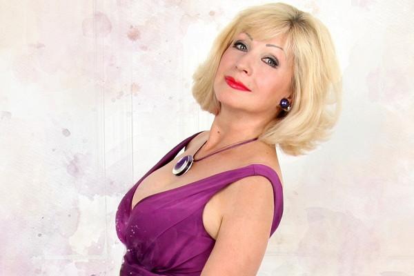 3апреля втеатре «Геликон-опера» состоится бенефис народной артистки России Елены Ионовой