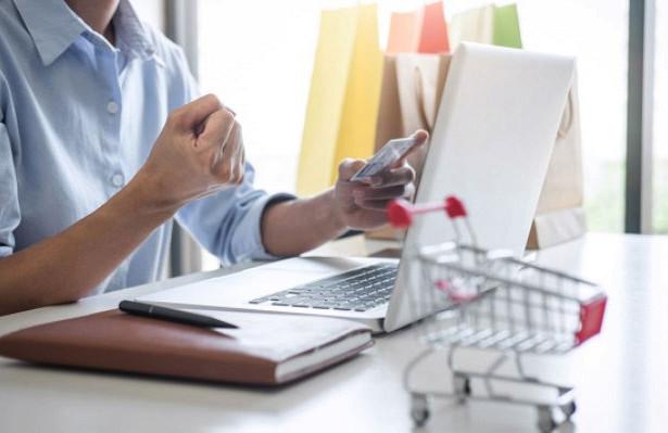 Россияне удвоили траты винтернет-магазинах