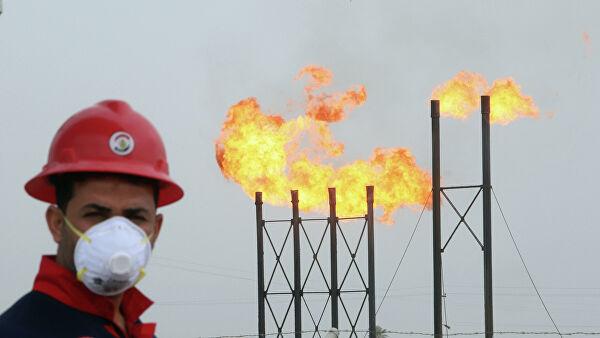 Китай начал скупать нефть игаз