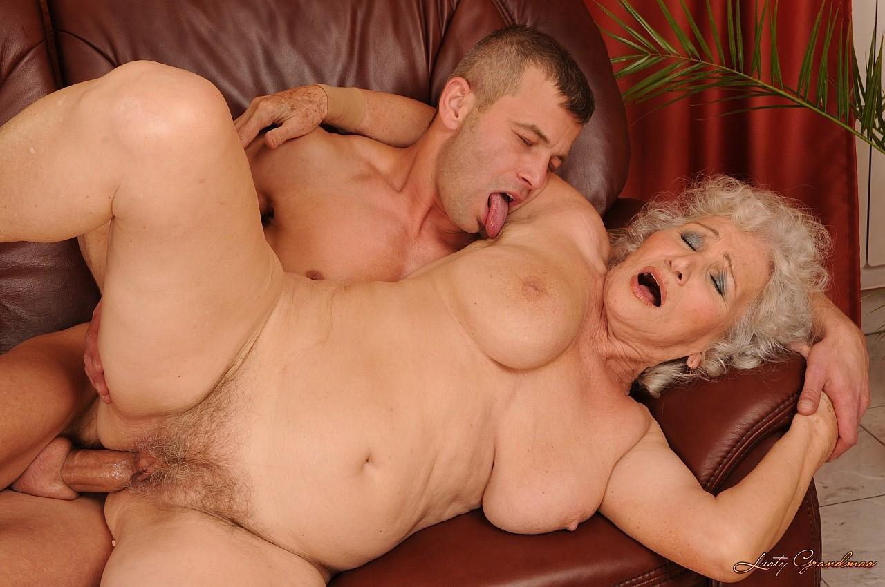 смотреть порно секс бабушки