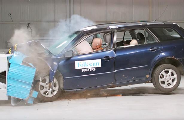 Шведы провели краш-тесты ржавых подержанных автомобилей