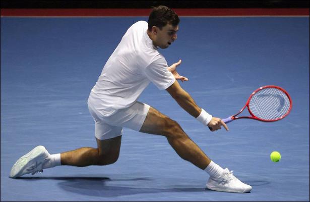 Россиянин Карацев вышел вполуфинал Australian Open