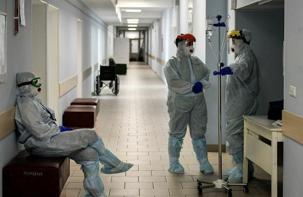 ВПетербурге двое подростков скоронавирусом сбежали избольницы